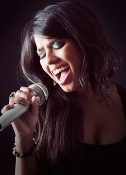 Essay on how to become a good singer?